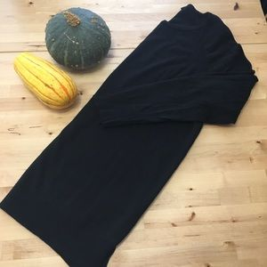 Ann Taylor black Tunic Sweater